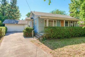664 Oak St, Ashland, OR 97520